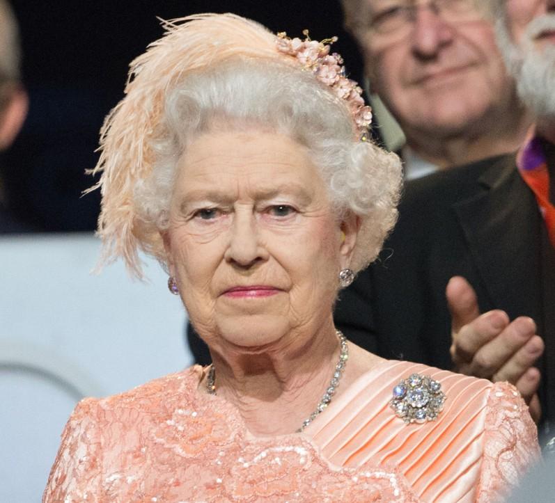 queen-e1343668496101.jpg
