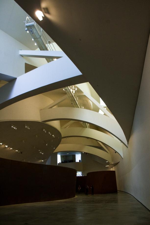 RICHARD SERRA -MUSEO GUGGENHEIM